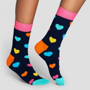 happy-socks-woman-colour-hearts
