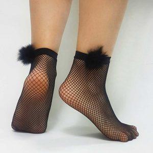 Κάλτσα μαύρη με δίχτυ και φουντίτσες
