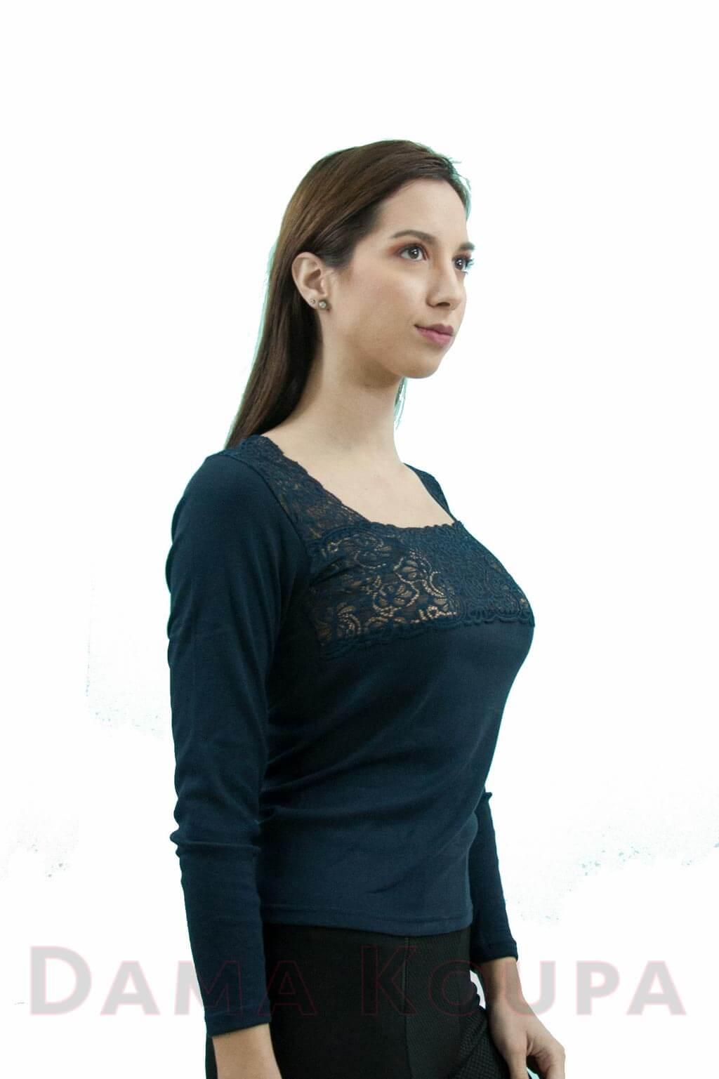 bfdc919406ba Μπλε μπλούζα με δαντέλα Γυναικείο φανελάκι με δαντέλα στο στήθος ...