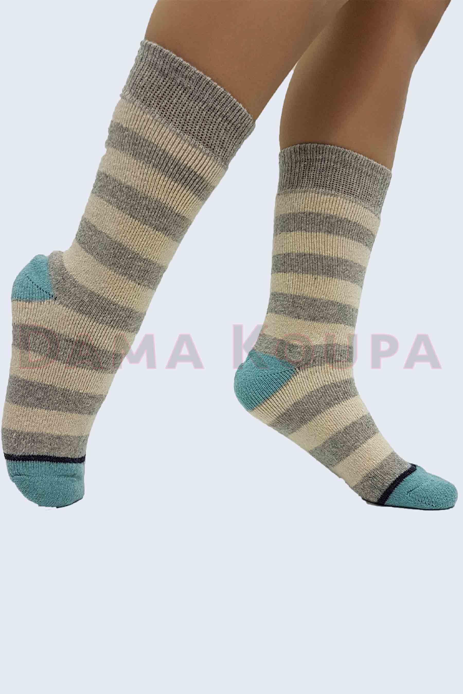 Γυναικείες μάλλινες κάλτσες