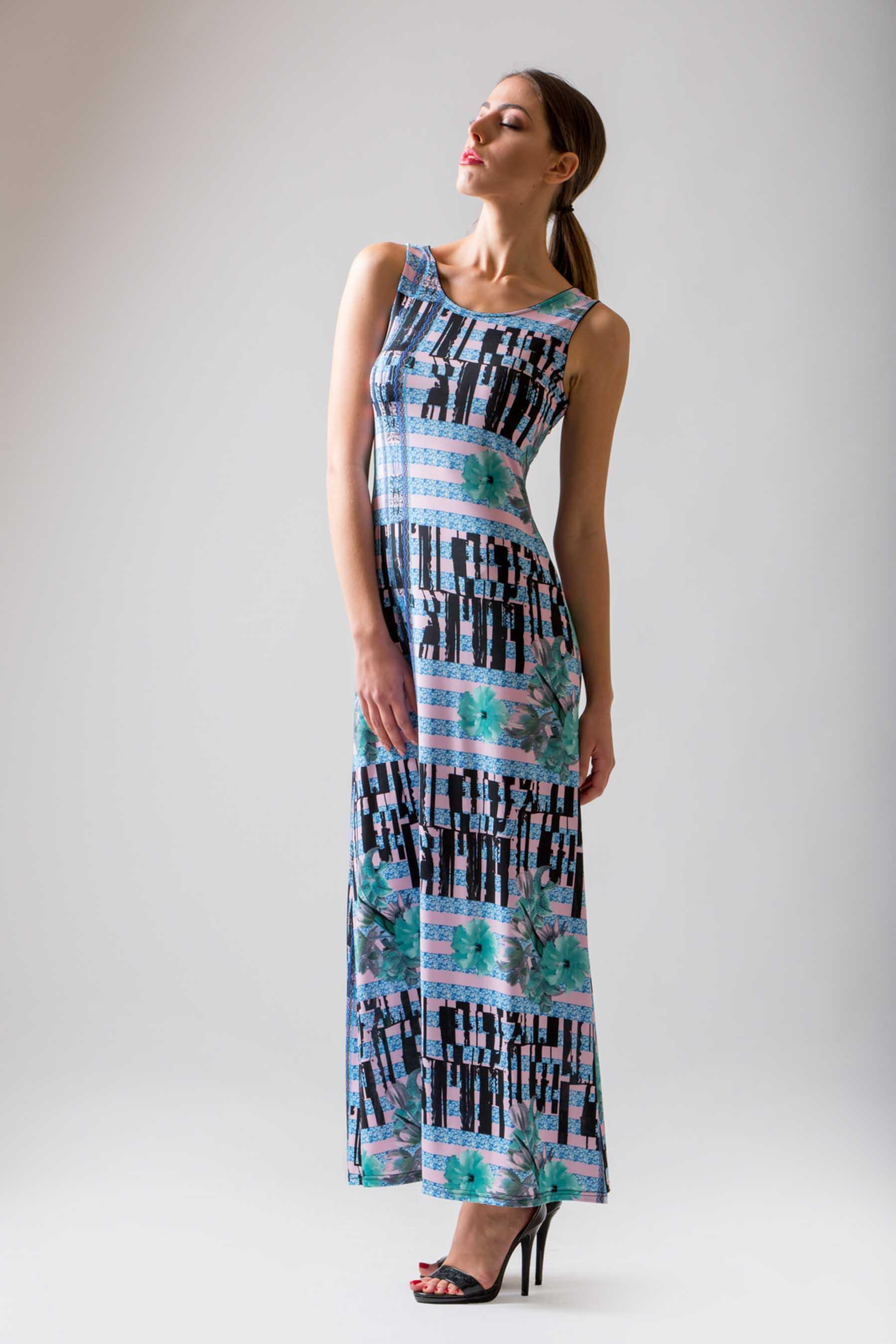 Εμπριμέ φόρεμα μακρύ